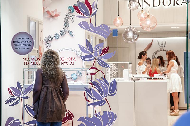 Με ενθουσιασμό υποδέχτηκε η Καλαμάτα το concept store PANDORA στη ... 3f2e9ab0ddb