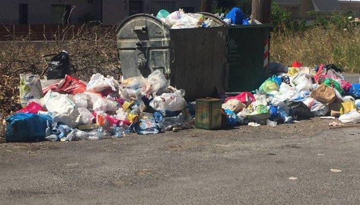 Μεσσηνία: Τα σκουπίδια πνίγουν την Τριφυλία