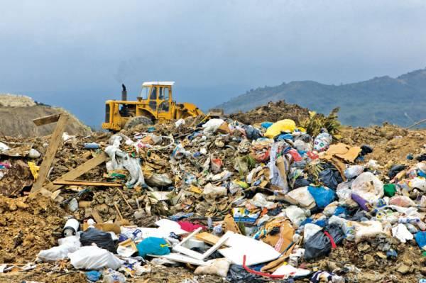 Τριφυλία: Κριτική στη δημοτική αρχή για τη διαχείριση των σκουπιδιών