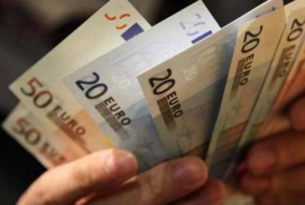 Χωρίς βοήθεια και Κοινωνικό Εισόδημα στην Καλαμάτα