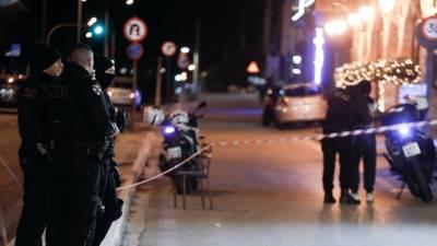 Διεθνώς καταζητούμενοι για συμμετοχή σε εγκληματική οργάνωση ήταν οι δύο αλλοδαποί που δολοφονήθηκαν σε ταβέρνα της Βάρης