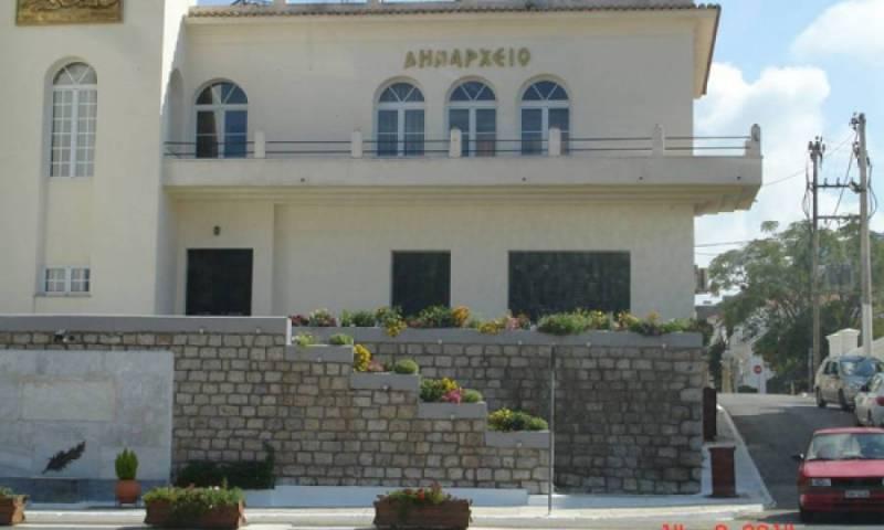 Καραμπάτσος κατά Καφαντάρη για το δάνειο των 3 εκ. ευρώ στο Δήμο Πύλου - Νέστορος