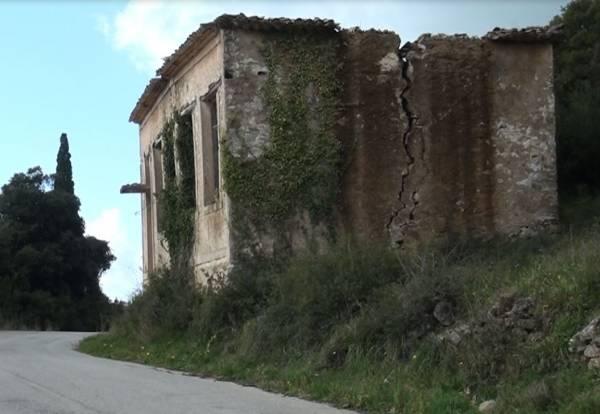 Αδιαφορία για το παλιό σχολείο στα Μινάγια