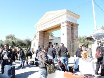 """Nίκας για στρατόπεδο: """"Στρατιωτικό προσκλητήριο αν φέρουν μετανάστες"""""""