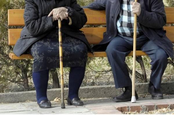 Kοινωνικοί Λειτουργοί διαπιστώνουν: Εγκατάλειψη ή κακομεταχείριση ηλικιωμένων γονιών από τα παιδιά τους