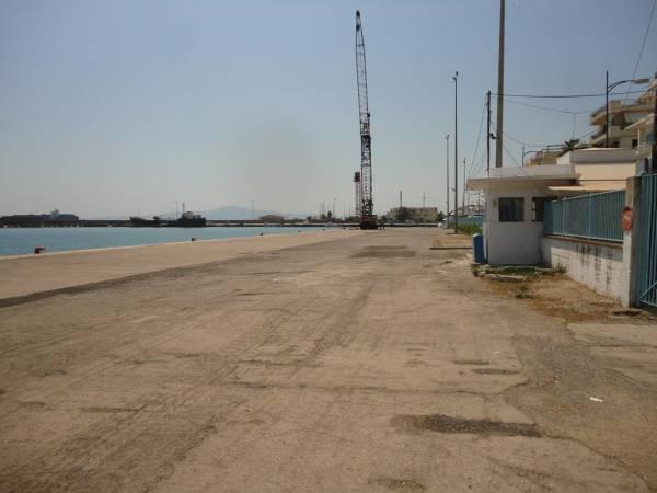 Δωρεάν πάρκινγκ στο λιμάνι της Καλαμάτας