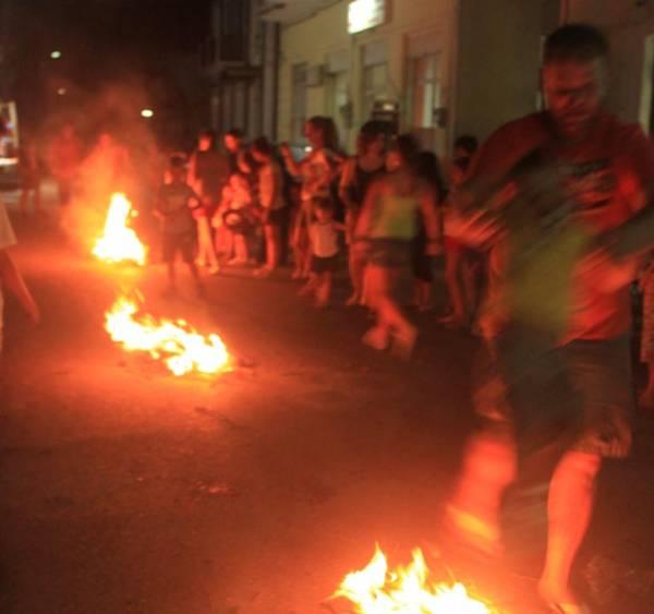 Το έθιμο του Κλήδονα στην Ανω Πόλη της Κυπαρισσίας