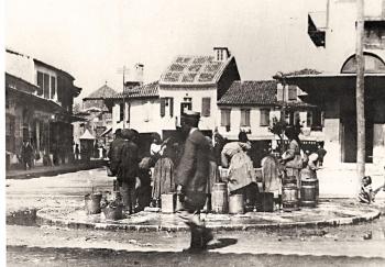 Ματιές στην Ιστορία της Καλαμάτας: Ενα Ιστορικό Κέντρο με τέσσερις πλατείες