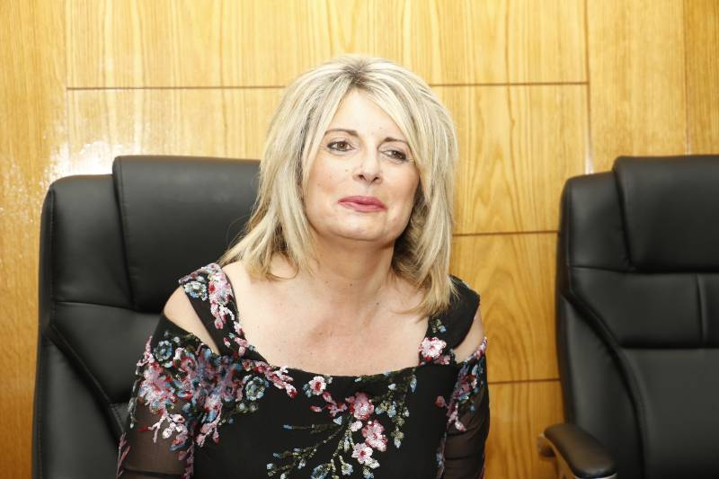 Ορκίστηκε η νέα δήμαρχος Οιχαλίας Παν. Γεωργακοπούλου: Μπαίνει στη μάχη του δήμου και της υγείας της (βίντεο-φωτογραφίες)