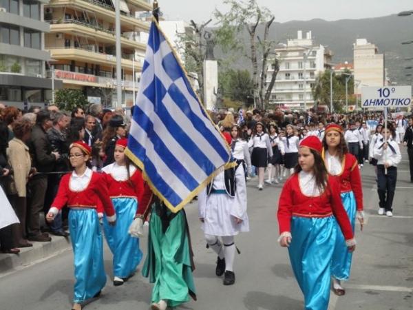 Βίντεο από την παρέλαση στην Καλαμάτα