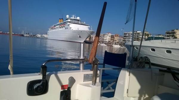 Αιτήσεις για θέσεις πρόσδεσηςσκαφών στο λιμάνι της Καλαμάτας