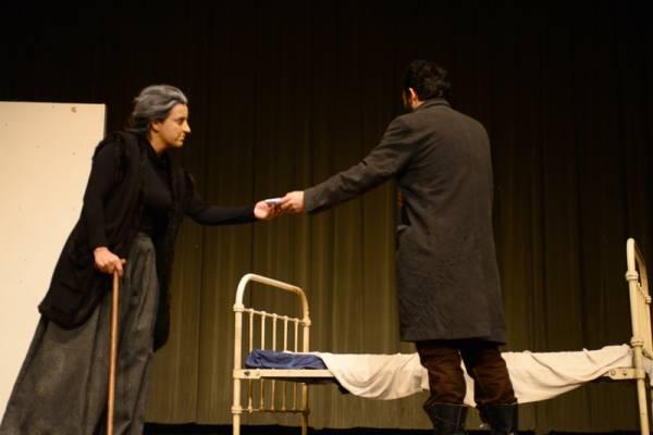 """Πρεμιέρα παράστασης της ομάδας """"Μέθεξη"""": """"Εγκλημα και τιμωρία"""""""