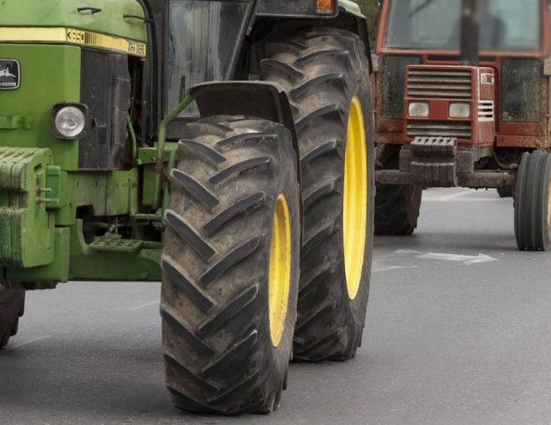 Αποκλεισμός του Δημαρχείου Πύλου από αγρότες του Χανδρινού