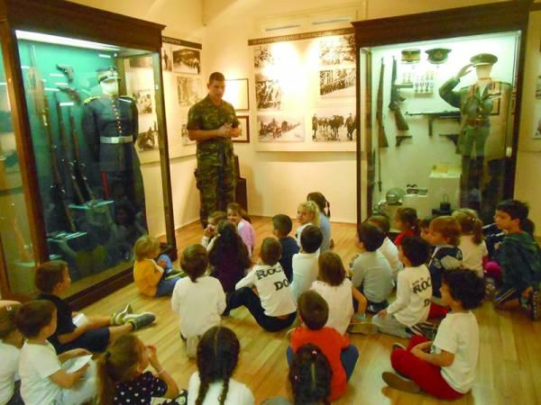 Νηπιαγωγεία της Τριφυλίας στο Στρατιωτικό Μουσείο Καλαμάτας