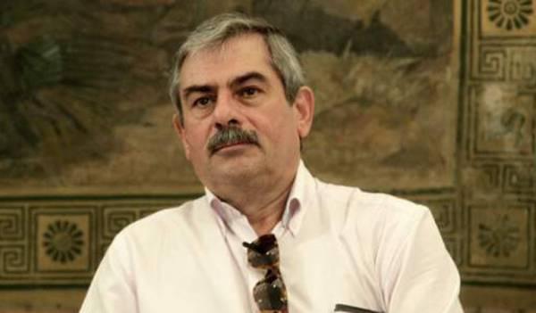 """Πετράκος: """"Ας μην παριστάνει τον έκπληκτο ο πρωθυπουργός, τα έχει υπογράψει"""""""