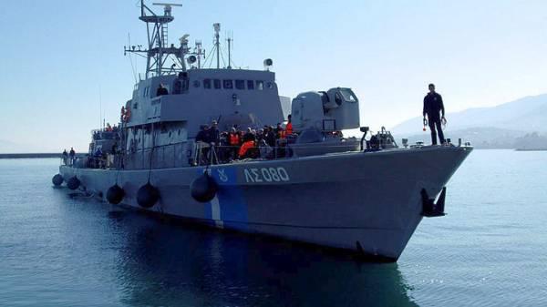 Περισυλλογή 128 μεταναστών και προσφύγων, σε Οινούσσες και Χίο