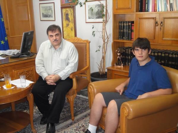 """Περικλής Παπαδόπουλος: """"Μοναδικός ο χώρος της Μεσσηνίας για δημιουργία διαστημικής πύλης"""""""