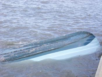 Δύο σκάφη βούλιαξαν στο λιμάνι Κυπαρισσίας