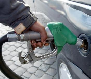 Πρατηριούχοι: Ανεβαίνει η τιμή και μειώνεται το κέρδος στα καύσιμα