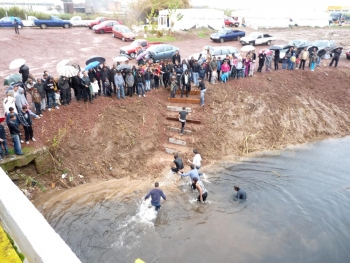 I Pamisou helga vatten i Messina