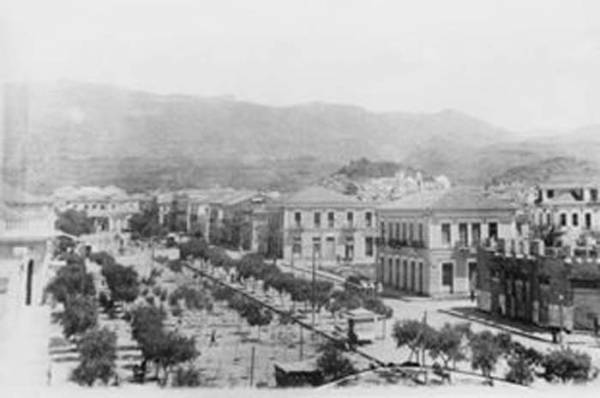 Η παλιά Καλαμάτα μέσα από 95 φωτογραφίες