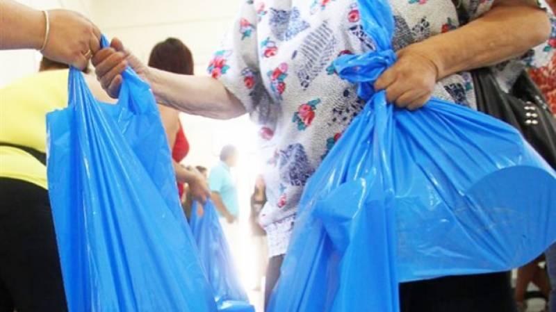 Τρόφιμα σε 200 άπορες οικογένειες της Τριφυλίας