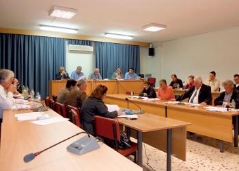 """Καταψηφίστηκε το Τεχνικό Πρόγραμμα του Δήμου Οιχαλίας - """"Στον αέρα"""" ο προϋπολογισμός"""