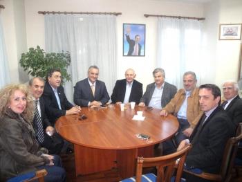 Εσπευσμένη περιοδεία Κεφαλογιάννη στην Πελοπόννησο: Συσπείρωση Ν.Δ. για κόντρα στον Τατούλη