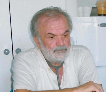 Πέθανε ο Χρήστος Καπερνόπουλος