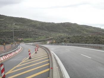 Ενώ η μεγάλη γέφυρα θα παραδοθεί τον Αύγουστο του 2013: Λειτουργεί με παράκαμψη το Παραδείσια - Τσακώνα