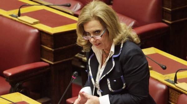 Ανεξάρτητη βουλευτής η Θεοδώρα Μεγαλοοικονόμου