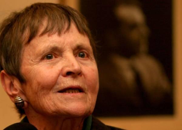 Η Ελένη Γλύκατζη - Αρβελέρ στη Μεσσήνη
