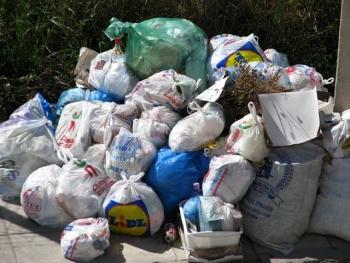 Σύμφωνα με το Νίκα: Ο πρωθυπουργός θα λύσει το πρόβλημα των σκουπιδιών