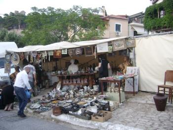 Από 2 έως 7 Αυγούστου: Παζάρι αντικών στην Κυπαρισσία