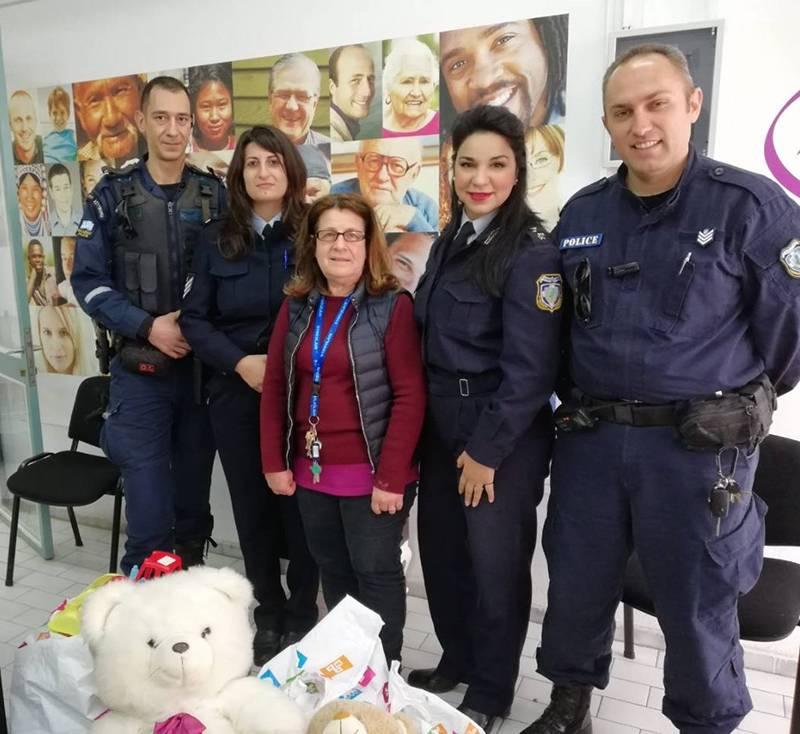 Δωρεά από το Αστυνομικό Τμήμα Καλαμάτας στο Κοινωνικό Παντοπωλείο