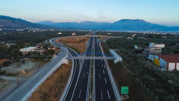 Πτήση πάνω από τον νέο περιφερειακό της Καλαμάτας (βίντεο)