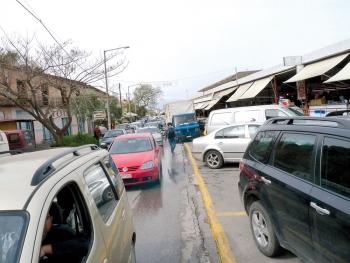 Πάρκινγκ επί πληρωμή στην αγορά Καλαμάτας