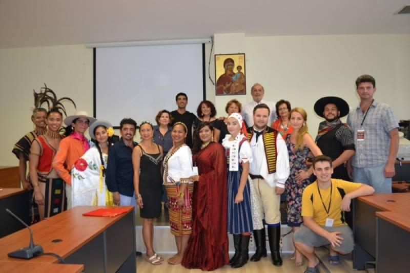 Ανταλλαγή δώρων στο Δήμο Τριφυλίας με αποστολές του 15ου Διεθνούς Φεστιβάλ Παράδοσης «Κυπαρισσιακές Ηλιαχτίδες»