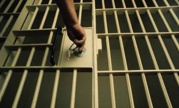 5 προφυλακίσεις για τη σπείρα των εκβιαστών