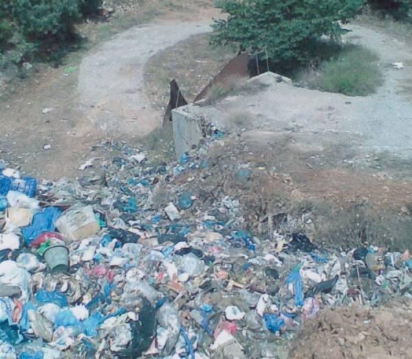 Οριακή η κατάσταση με τα σκουπίδια στη Μάνη