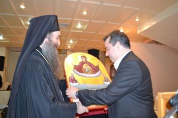 Η Μητρόπολη Τριφυλίας τίμησε τον Αχ. Κωνσταντακόπουλο για την προσφορά καθημερινού γεύματος σε 50 απόρους