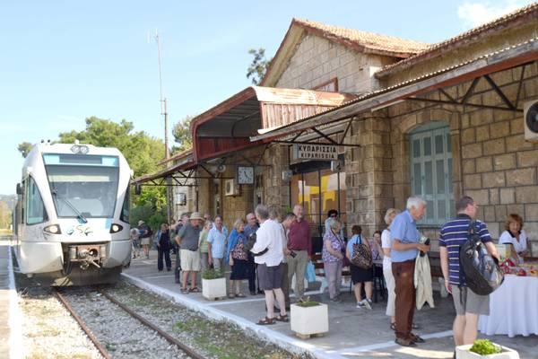 Επί Τάπητος: Το τρένο εκτός προτεραιοτήτων