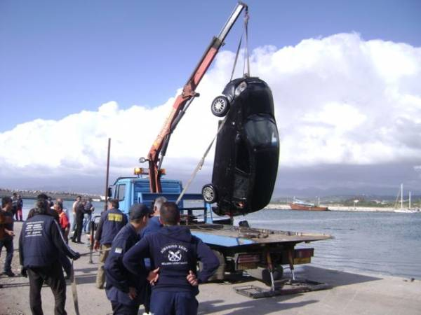 Νεκρή ανασύρθηκε νεαρή γυναίκα από το λιμάνι της Κυπαρισσίας